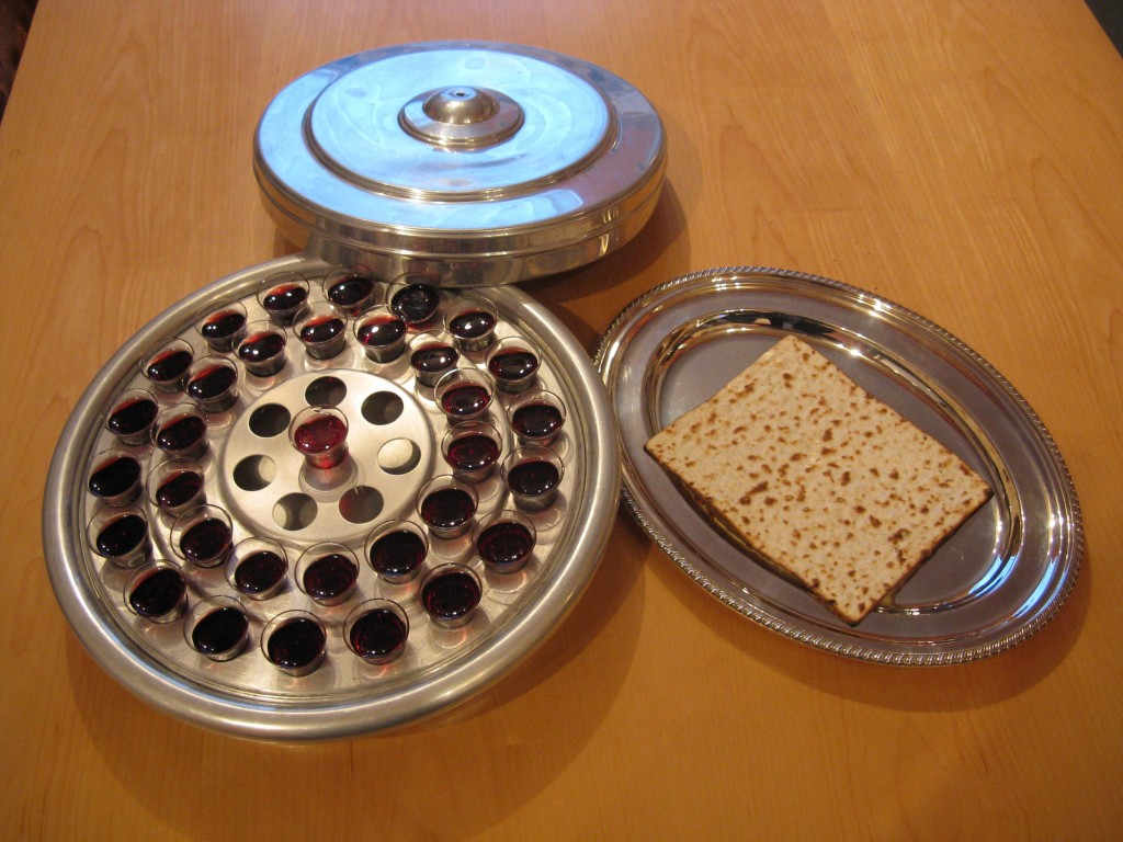 Passover-Bread & Wine with lid