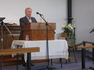 Mike Barlow gives the Sermon 2