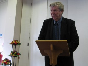 David Silcox gives announcements & the sermon