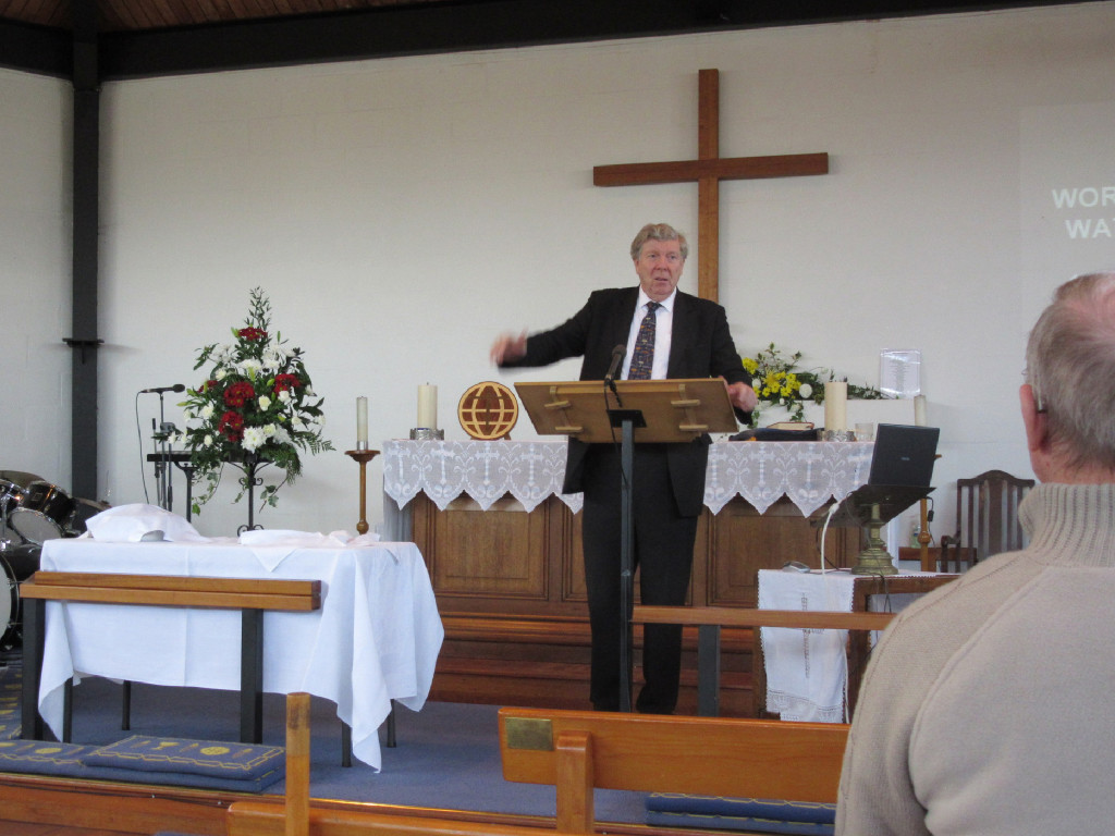David gives the sermon