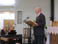 George Henderson gives the announcements in Watford 2015-06-13