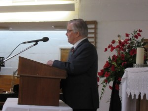 2015-11-07 Mike Barlow reads 'For The Fallen' & shares Reflections