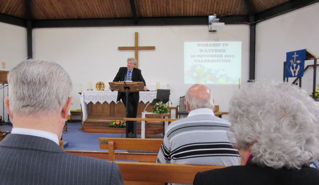 2015-11-28 David preaching in Watford