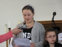 2015-12-19 Watford Service-Children's Presentation-Shannon Reading