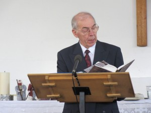 2015-12-19 Watford Service-George Henderson gives the Sermon