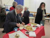 2016-01-02 Refreshments-scones with cream & jam