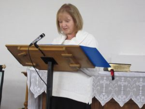 2016-04-16 Linda Halford gives a reading